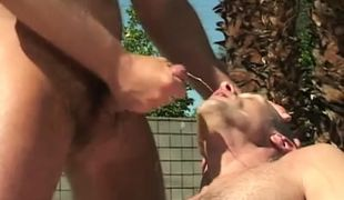 Lusty bear gay gets hot facial outdoor