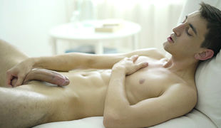 Smooth and toned Riley is Twenty and a student from London, England