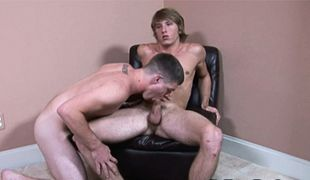 College Dudes - Jerry Ford fucks Tom Faulk