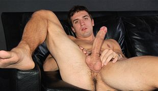 College Dudes - Ty Carver busts a nut