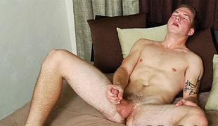 College Dudes - Cole Gartner busts a nut