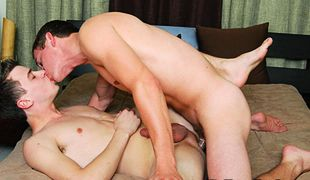 College Dudes - Felix Sharpe fucks Ashton Rush