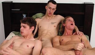 College Dudes - Criss, Dallas and Sean