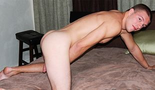 College Dudes - Brian Busts A Nut