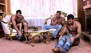 Chвteau Threesome Solo, Scene 01