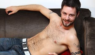 Patrick Hill tells us all about himself before kicking back to wank out a big load!